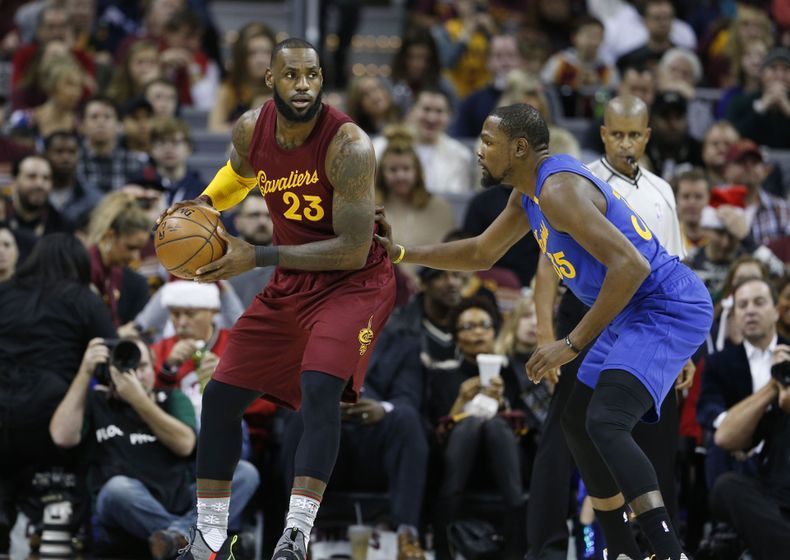 9768540-kevin-durant-lebron-james-nba-golden-state-warriors-cleveland-cavaliers-790x560